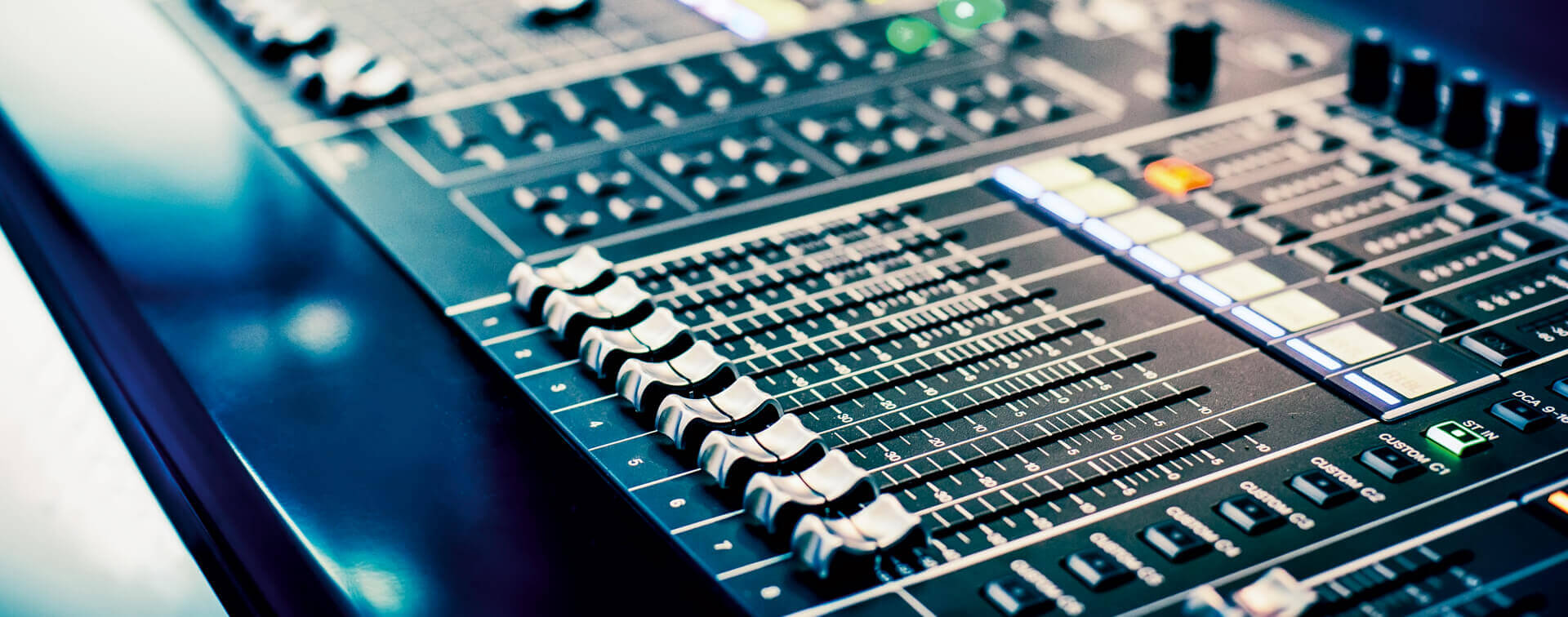 Patsav Top Training School For Electronic Music Production In Delhi